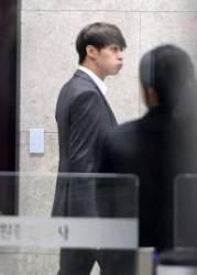 '마약 투약 혐의' 박유천 영장실질심사 출석…경찰 출석때와 달라진 점은?