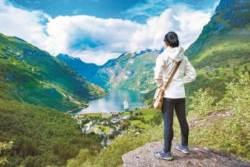 [issue&] 설산·빙하·피오르 품은 신비로운 대자연,러시아와 북유럽으로 떠나는 '낭만 여행'