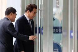 백군기 용인시장 '선거법 위반 혐의' 징역 6월 구형
