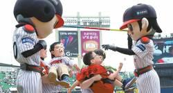 [김식의 야구노트] 신바람 야구 LG, 홈 관중 3000만 명 처음 넘었다