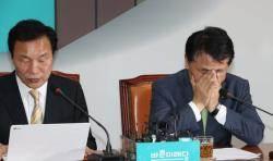 김관영 눈물 흘렸지만···유승민계와의 싸움 시작됐다