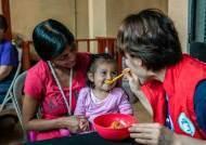 영양실조 아이 둔 과테말라 미혼모가 영양제 거부한 까닭