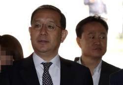 """""""친박 위해 선거 개입 혐의"""" 두 현직 치안감 영장 기각"""