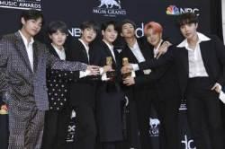 빌보드 휩쓴 BTS·드레이크·카디 비…'팝 2.0' 세대교체 알려