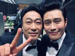 """""""너무 붙었다"""" 이병헌X이성민 백상서 만난 '남산의부장들'"""