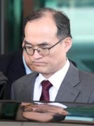 """문무일 """"사표 중요치않다, 국민위해 수사권 조정 반대"""""""