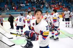 '신상훈 4골' 아이스하키, 세계선수권서 벨라루스 4-1 완파