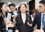 권은희, 김관영 손잡았다 사퇴촉구···'안철수계' 난감한 바른미래