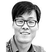 [<!HS>취재일기<!HE>] 청와대가 봐야할 고용부의 일자리 반성문