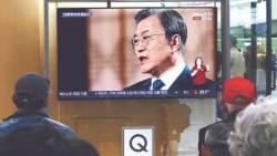 """""""새 천황 즉위 계기 한·일관계 발전해야…아베와 회담 희망"""""""
