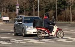 """교통사고 줄었는데 오토바이 사고만 급증…""""배달 앱 인기 영향"""""""