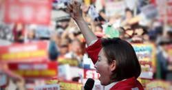레임덕 지적할 절호의 기회, '달창'으로 날린 한국당
