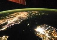 """위성사진 야간불빛으로 본 北경제…""""세계 10대 빈곤국"""""""