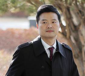 <!HS>김태우<!HE> 전 수사관, 악성 댓글 단 아이디 4700개 무더기 고소