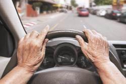 미국·유럽 노인 주행테스트…일본은 치매검사 필수