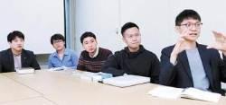 """[권혁주의 직격인터뷰] """"원전 과학은 거부, 신재생 기술만 맹신…이율배반이다"""""""