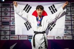 한국태권도, 세계선수권 첫날 金3 석권