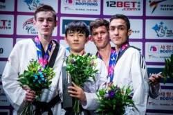 '차세대 태권V' 배준서, 첫 세계선수권서 金