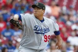 류현진 7이닝 5안타 무실점… 평균자책점 MLB 전체 1위