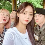 """""""놀토 의리""""..혜리X박나래, 샤이니 키 軍 면회 인증샷"""