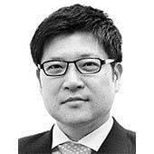 [글로벌 아이] 정치인과 다른 이경미와 무라지의 얼굴