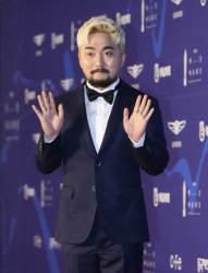 """유병재, 매니저 유규선과 YG 떠난다…""""앞날 응원하겠다"""""""