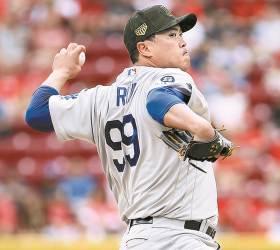 [김식의 야구노트] 류현진 MLB 평균자책점 1위…비결은 '용칠기삼'