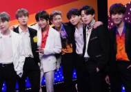 BTS Performs 'Boy With Luv' on The Voice Finale!