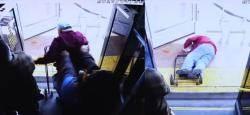 버스서 70대 노인 밀쳐 살해한 여성…1억원 내고 석방