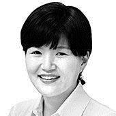 [노트북을 열며] '관세맨' 트럼프에 떠는 한국 경제