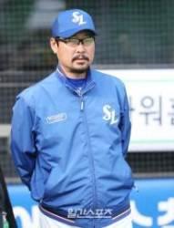 """'연장 12회 승리' 김한수 감독, """"가장 어린 김도환이 좋은 활약"""""""
