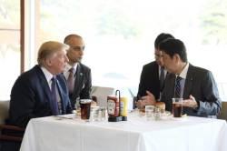 트럼프, 이번엔 해산물? 아베와 '로바타야끼' 먹는다