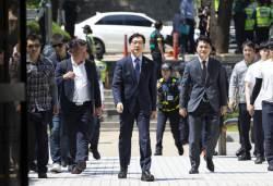 경찰 버스 7대, 병력 300명···김경수 항소심 철통보안, 왜