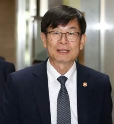 """김상조, 15개사 CEO 에게 """"일감 몰아주기 용납 못해"""""""