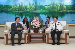 """[단독]中 고위직 3인 동시방한···언론은 """"反화웨이 땐 보복"""""""