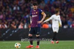 챔스 탈락에 국왕컵도 놓친 바르셀로나, 무산된 더블 꿈에 더 커진 감독 불신