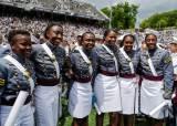 [서소문사진관] 5000번째 여성 美 육사 졸업, 흑인 여성도 역대 최다