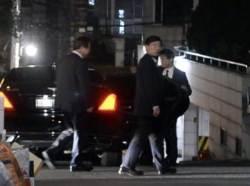 """서훈·양정철 4시간 회동 논란···""""국정원 중립 훼손"""" """"사적 만남"""""""