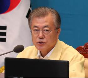 """文, <!HS>강효상<!HE> 공익제보라는 한국당에 """"상식 지켜라"""" 직격탄"""