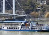 헝가리 유람선 사고, 선령 70년 된 선박…2년 전에도 경미한 사고