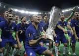 <!HS>아자르<!HE>의 원맨쇼, 유로파리그 우승으로 웃은 첼시