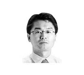 [중앙시평] '친일파 트럼프'를 만든 아베의 반격