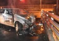 인천공항 진입도로서 만취운전…가드레일 들이받아 2명 부상