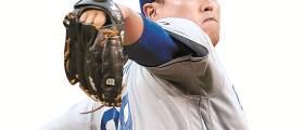 """""""올 가장 뜨거운 투수"""" 9승 달성 <!HS>류현진<!HE>, MLB 다승 1위"""
