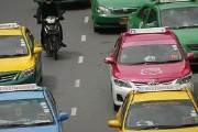 """""""미터키 켜달라""""고 했다가 태국 택시기사에 폭행당한 승객들"""
