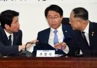 """여권에서도 우려 나오는 '65세 정년연장'…""""노인들 표 달라는 정책이냐"""""""