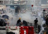 홍콩 사상 최대 103만 시위, 시작은 20대의 치정<!HS>살인<!HE> 사건
