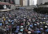 """이준석 """"홍콩 외침 지지한다""""…한국 정치의 홍콩 지지 확산할까"""