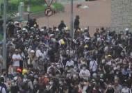 """트럼프 """"홍콩 시위 이해한다"""" 미·중 갈등 뇌관으로"""