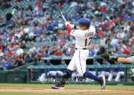 추신수 생일 자축포, 이틀 연속 홈런…4사구 2개